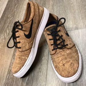 Cork Nike Janoskis